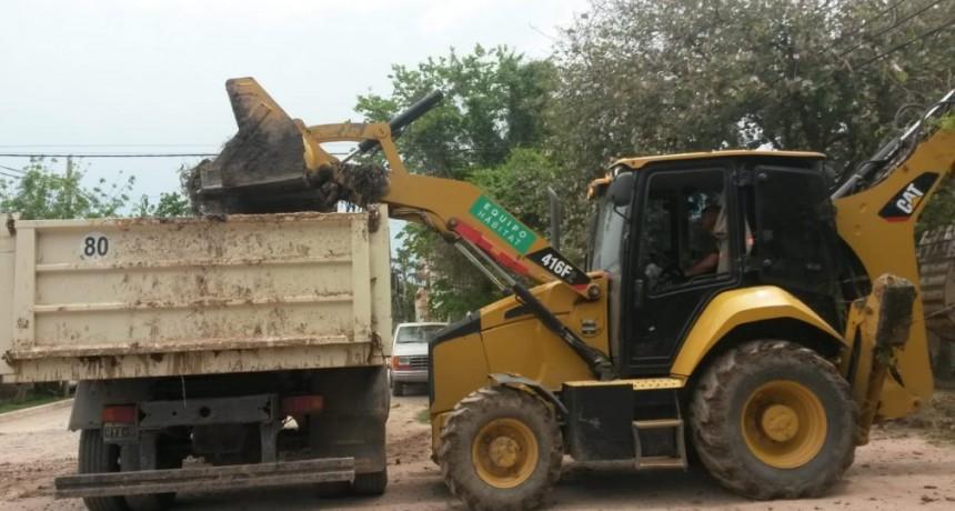 Continúan los trabajos de limpieza en Bº Asunción
