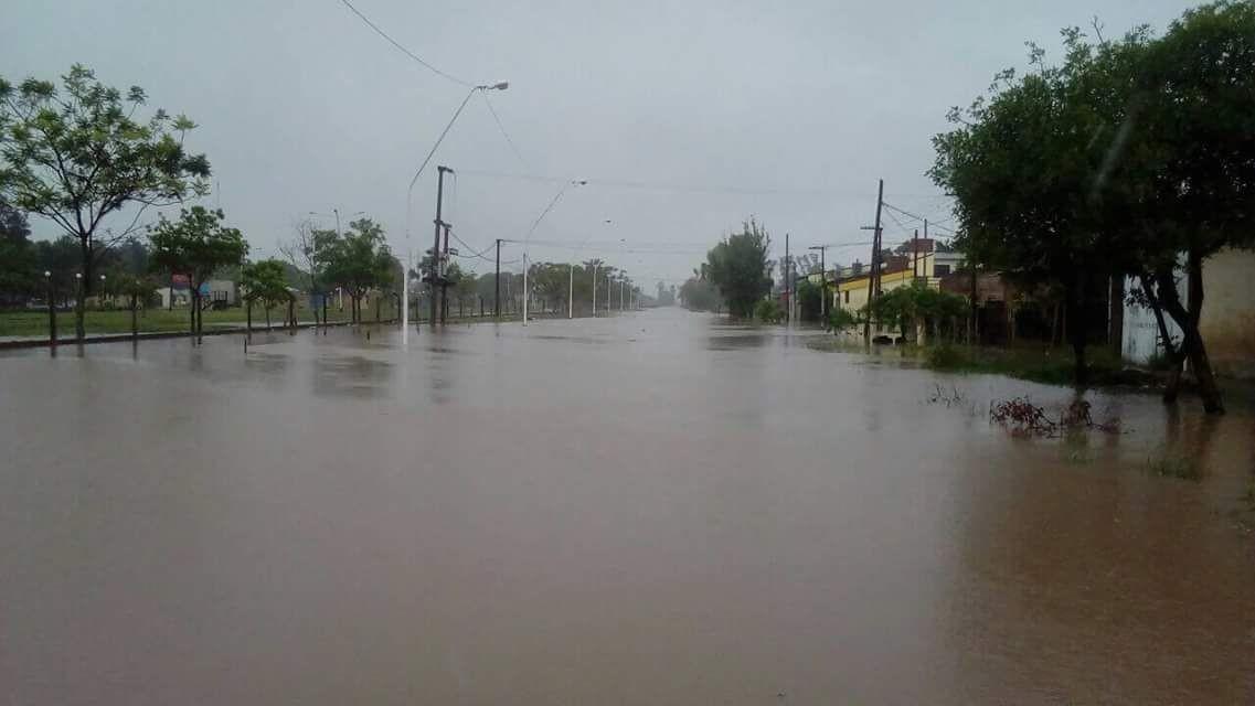 La lluvia de ésta madrugada complicó nuevamente la situación de los habitantes de Sáenz Peña