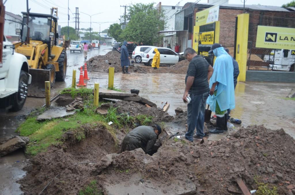 El municipio continúa con los operativos integrales de limpieza en los barrios para evitar anegamientos