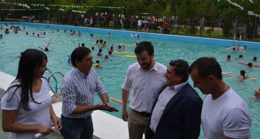 El Intendente habilitó las actividades de verano en el Parque 2 de Febrero