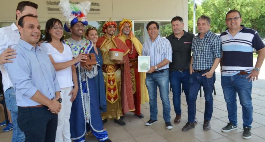 El Intendente acompañó festejo del Día de Reyes organizado por hoteleros y gastronómicos