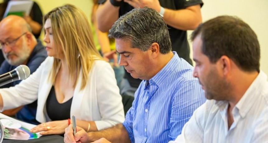 Familias Rurales: Capitanich garantizó la regularización de tierras y propuso abastecer al Mercado Alimentario