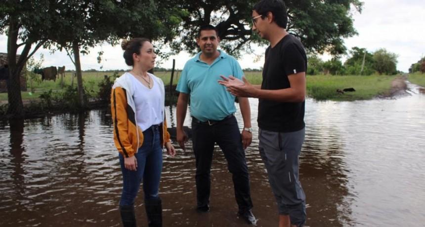 El Gobierno asiste a familias inundadas de Basail