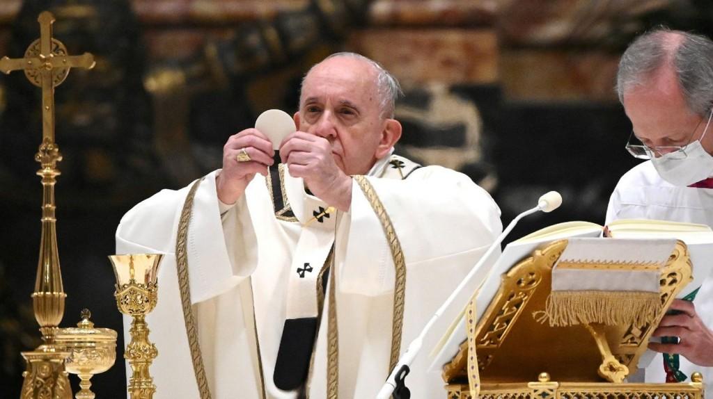 El papa Francisco anunció que se vacunará contra el coronavirus