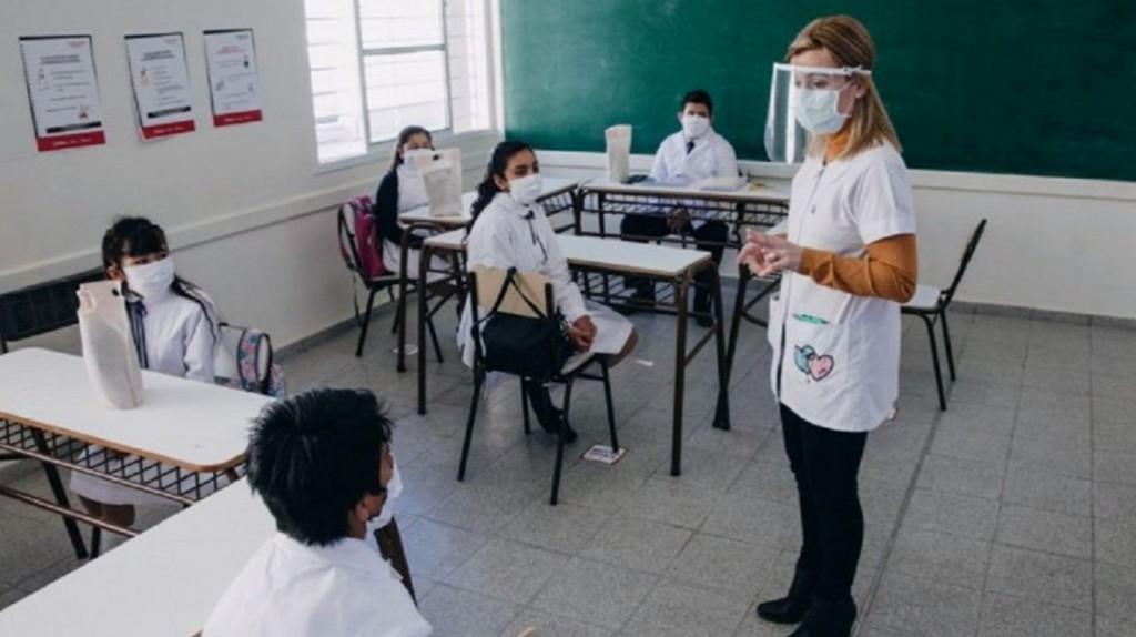 Juntos por el Cambio presiona por la vuelta a clases con una jornada de protestas