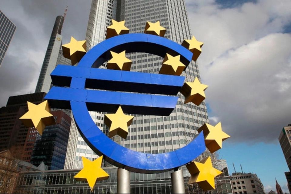 La Unión Europea quiere quedarse con las vacunas producidas en el continente
