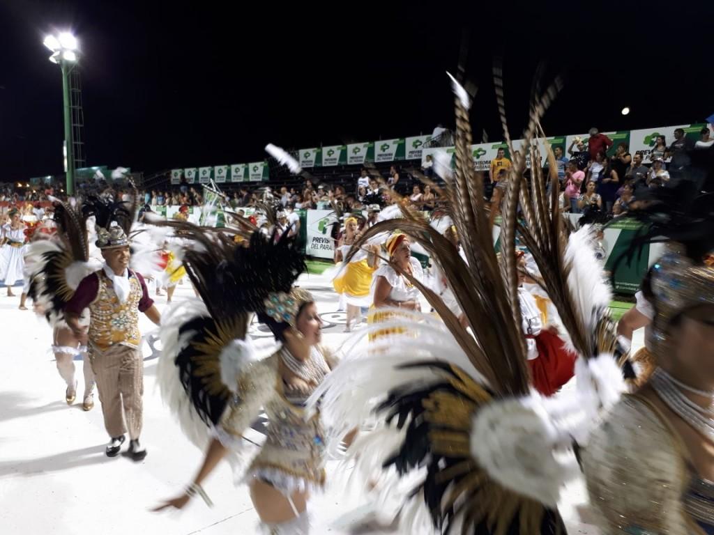 Volvió el brillo y el carnaval a Corrientes