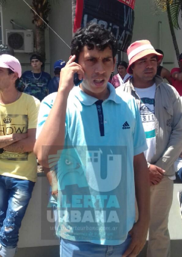 """La Nueva Generación del MTD """"17 de Julio"""" se movilizo hasta la Municipalidad para efectuar reclamos al Intendente"""
