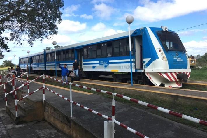 El gobierno confirmó que el tren funcionará a fines de marzo y se pagará con la Sube