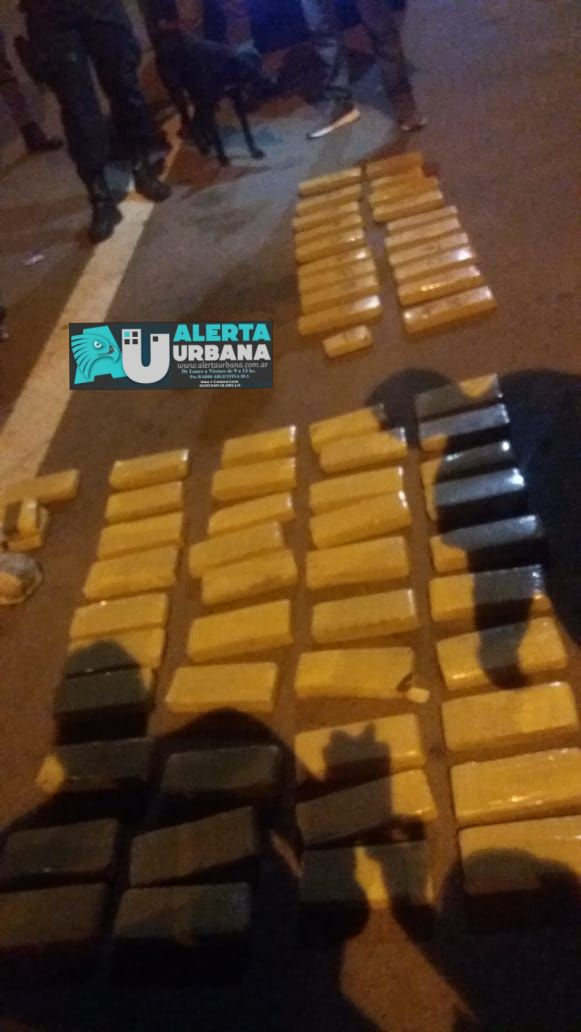 Secuestran 63 panes de marihuana, en el peaje de Makalle