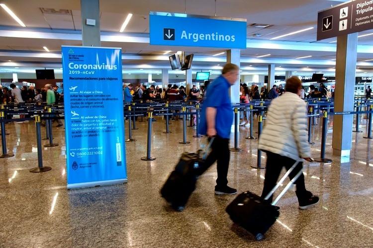 Tres personas quedaron en observación por posibles casos de coronavirus en Buenos Aires y Tierra Del Fuego