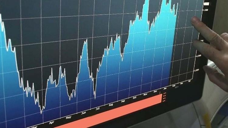 El Riesgo País supera los 2.200 puntos, impulsado por el impacto del coronavirus en la economía global y las dudas sobre la deuda
