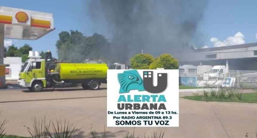 Primicia de Alerta Urbana: Incendio en terreno de la estación de Servicio Shell de Av. Laprida y López y Planes