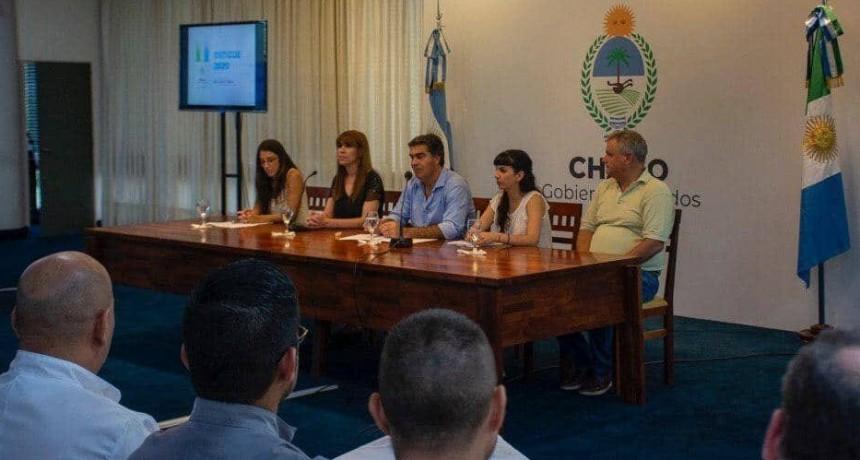 """Capitanich presentó el Plan Operativo de Contingencia del Dengue: """"Es momento de fortalecer la prevención entre todos"""""""