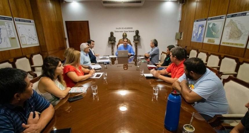 Capitanich, recibió a representantes de ATE y APTASCH para avanzar en una agenda de trabajo conjunta