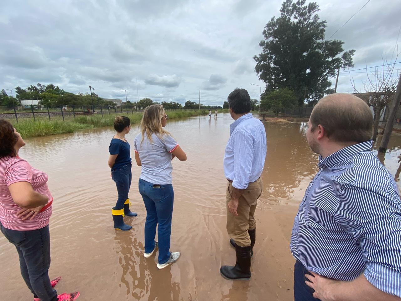 Emergencia hídrica: Capitanich recorrió las localidades más afectadas para coordinar asistencia de estado