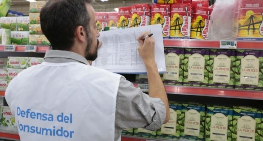 Tarjeta Alimentar: suspenden a dos supermercados por permitir la compra de productos no alimenticios