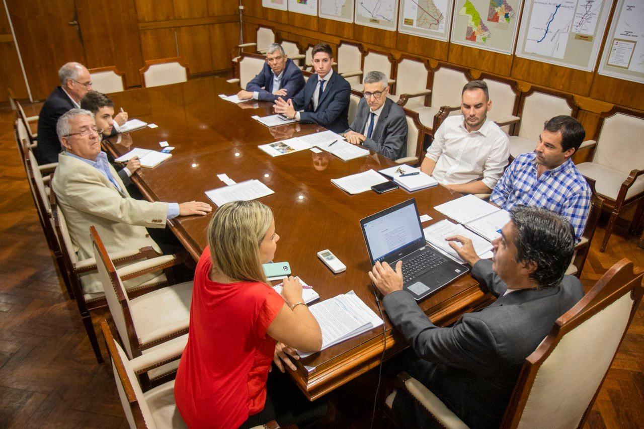 Soberanía Portuaria: Capitanich y Bolsa de Comercio de Rosario analizaron las condiciones para la nueva concesión de la hidrovia Parana Paraguay
