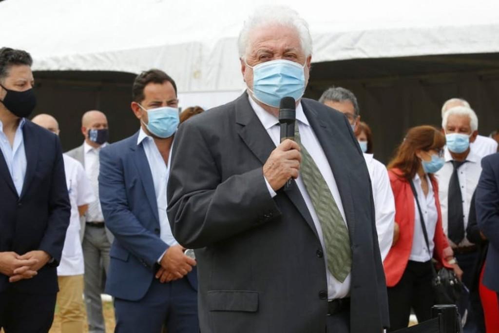 González García dijo que las dosis cubrirán la vacunación de toda la población mayor de 18 años