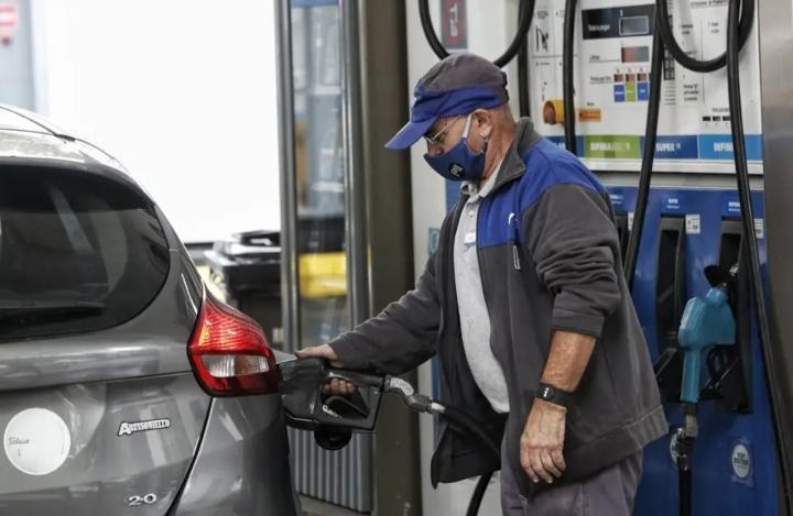 Volvió a aumentar los precios de los combustibles