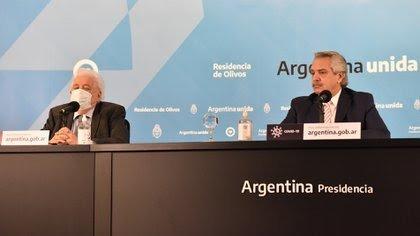 El presidente Fernández le pidió la renuncia al ministro de Salud Ginés González García