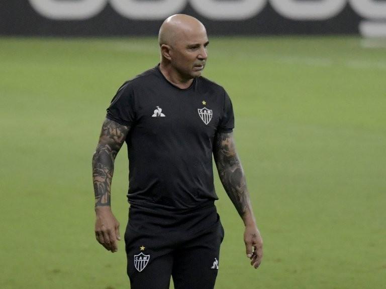 Jorge Sampaoli se despidió del Atlético Mineiro con una emotiva carta: a qué club europeo dirigirá