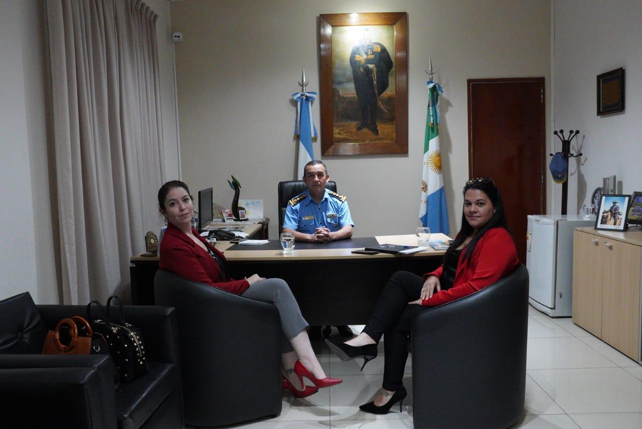 Visita Protocolar de la Consul de Paraguay a la Jefatura de Policía