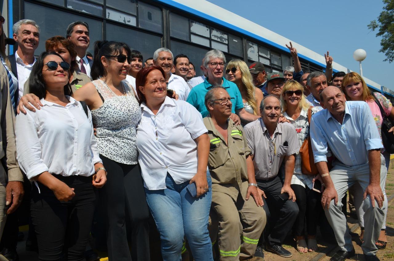 Capitanich junto al Ministro de Transporte de la Nacion anunció la reactivación del tren metropolitano de pasajeros