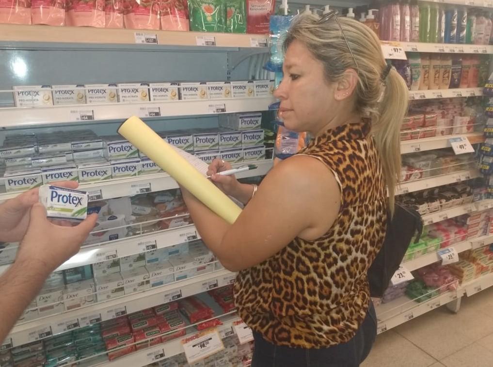 El municipio realiza controles de stock y precios a comercios que comercializan productos alimenticios y sanitarios