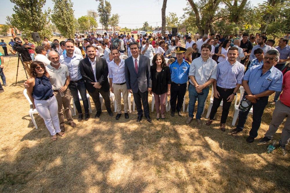 Presidencia de la Plaza: Capitanich encabezó la firma del convenio de cooperación entre el municipio e IIFA y equipamiento a la Policía