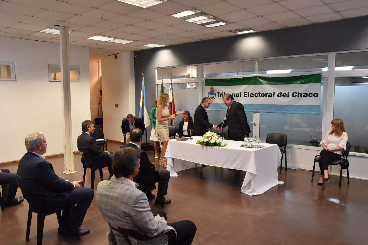 Legisladoras acompañaron el acto de juramento de Rolando Toledo como presidente del Tribunal Electoral