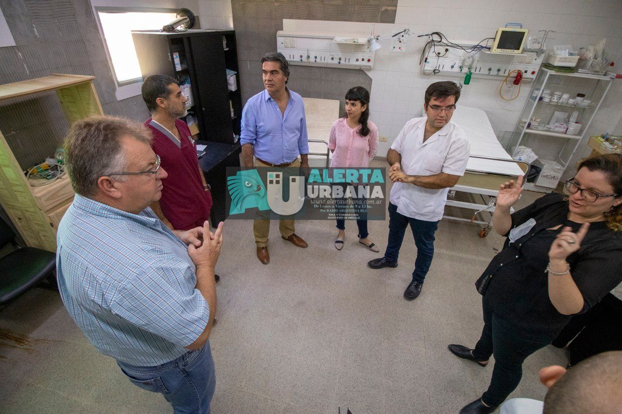 Capitanich supervisó la refuncionalización del Hospital de Castelli para la atención de pacientes con coronavirus