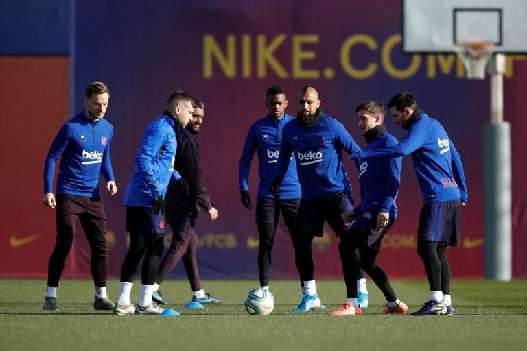 Un ex Barcelona habló de su salida en medio de la crisis del club y reveló un curioso detalle de Lionel Messi