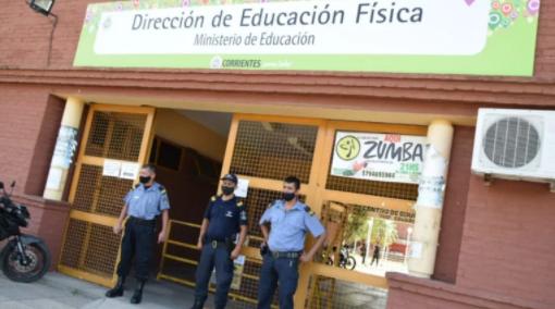 Covid-19: comienza la vacunación para 5 mil docentes y 4 mil policías