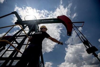 El precio internacional del petróleo superó los USD 70 por barril por primera vez desde hace un año