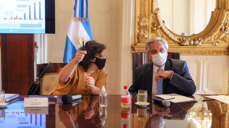 El presidente Fernández extendió hasta el 9 de abril el distanciamiento social y limitó el poder de los gobernadores
