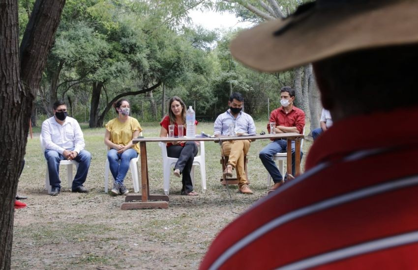 El Espinillo: con la regularización dominial, el gobierno acerca soluciones a pobladores