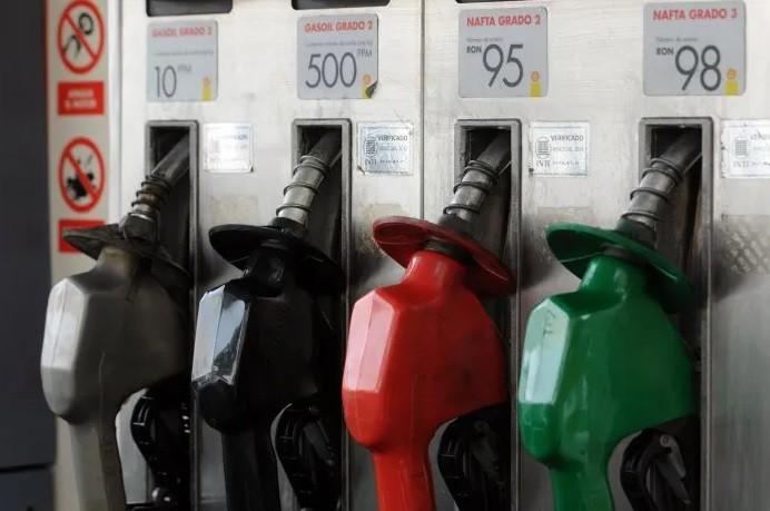 La nafta en el interior ya supera los $100 por litro
