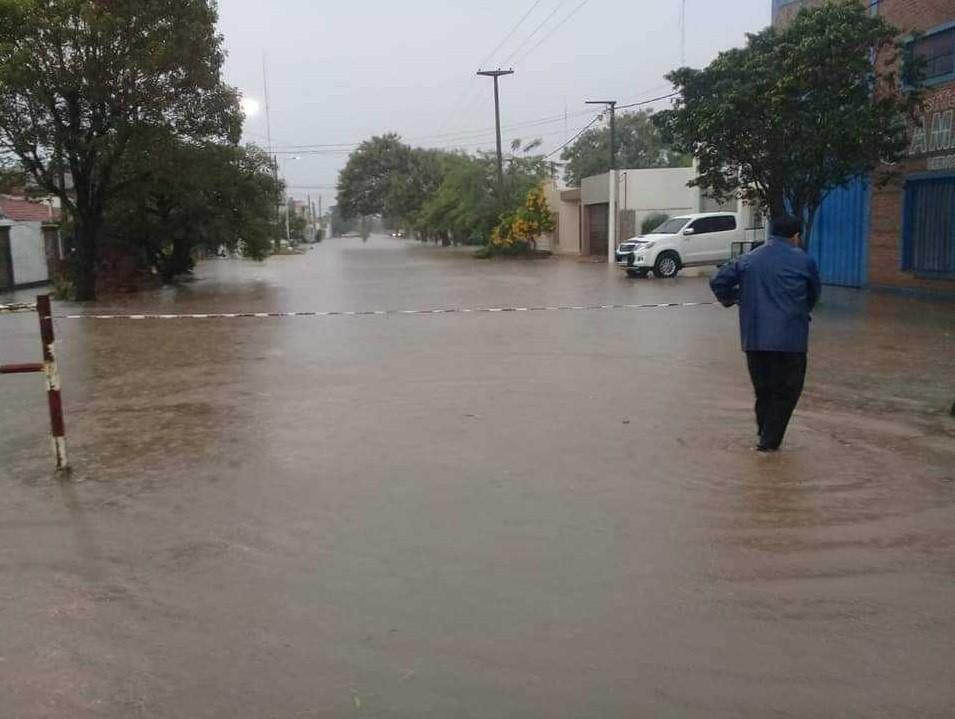 La lluvia trajo alivio al campo, pero complicaciones en la zona urbana de Charata y Gancedo