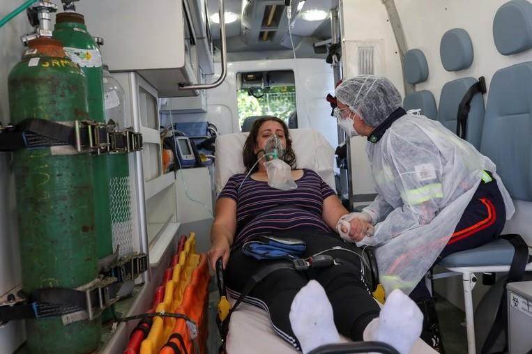 Brasil: ¿Por qué son más jóvenes quienes hoy mueren por Covid-19?