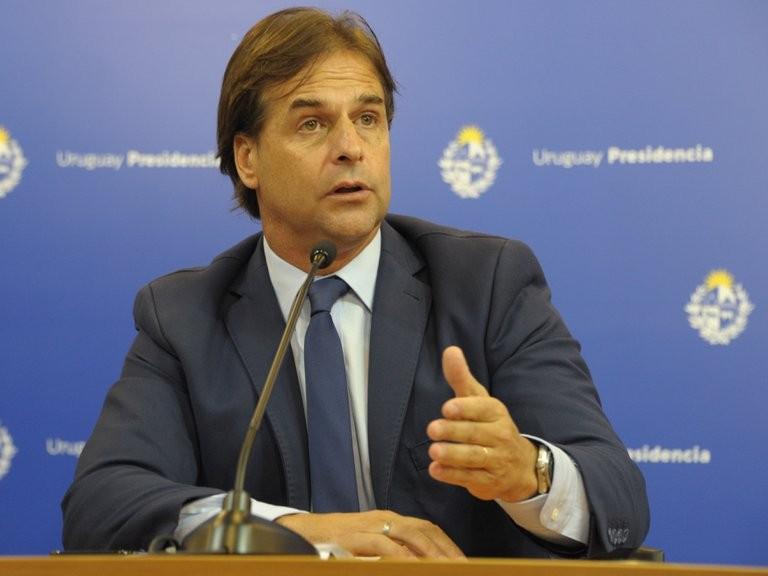 """""""Que se flexibilice el Mercosur"""", pidió Lacalle Pou, tras las críticas de Alberto Fernández"""