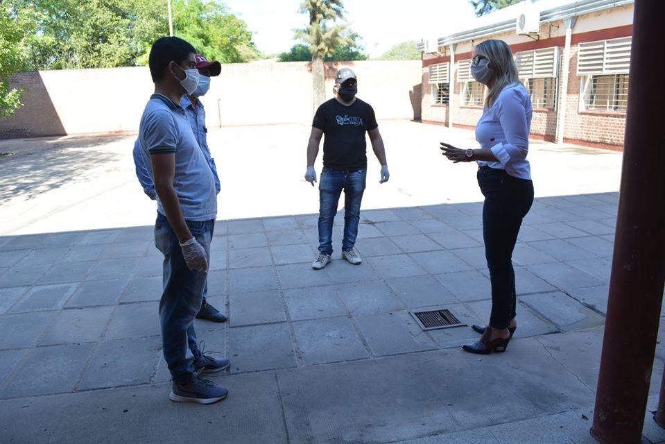 Municipio de Charata y Salud Pública acondicionan escuela técnica para Hospital de Campaña