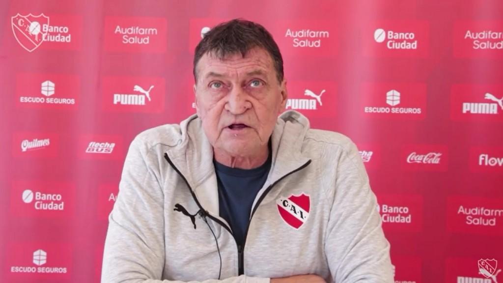 Julio Falcioni tiene Coronavirus