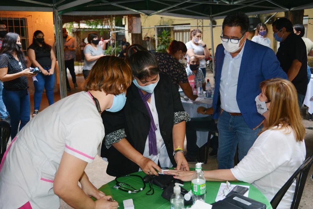 El intendente acompañó la jornada gratuita de vacunación para trabajadores municipales