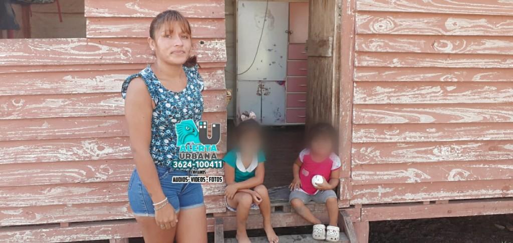 Vive precariamente con sus hijas y necesita ayuda