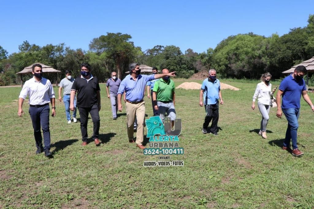 Asociación mutual del círculo de oficiales del Chaco: Capitanich recorrió las obras infraestructura