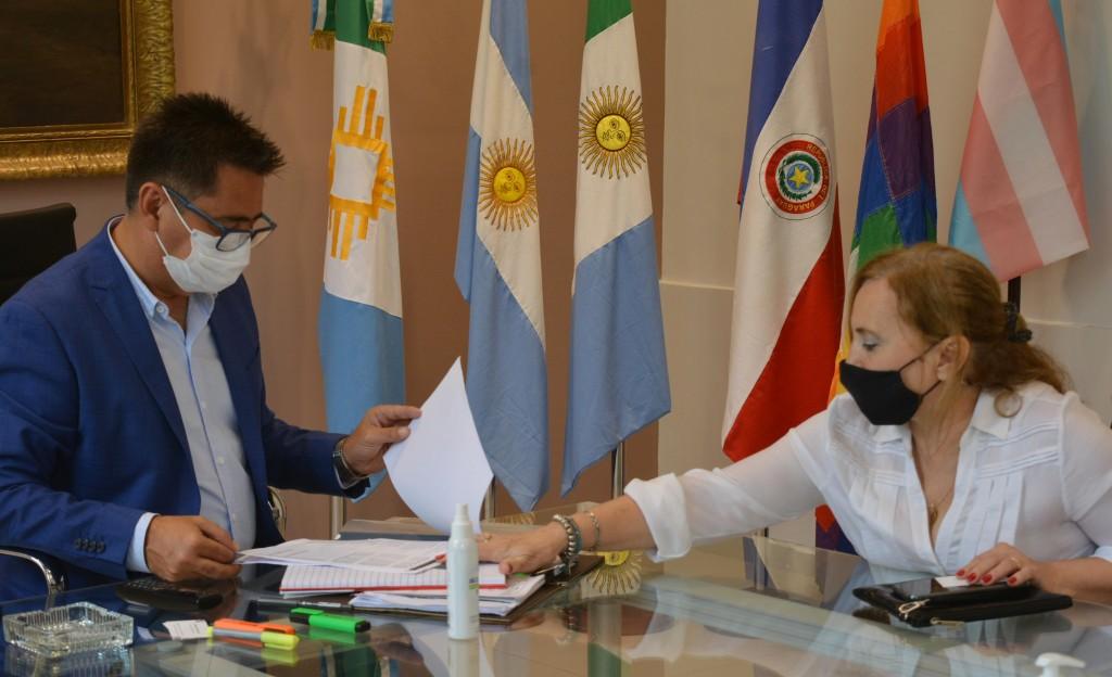 Futuro convenio con odontólogos beneficiará a empleados municipales