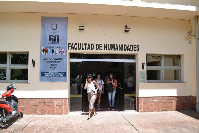 Hasta el 19 de abril se extendió el plazo de preinscripción para la Especialización en Infancias, Educación y Ciudadanía