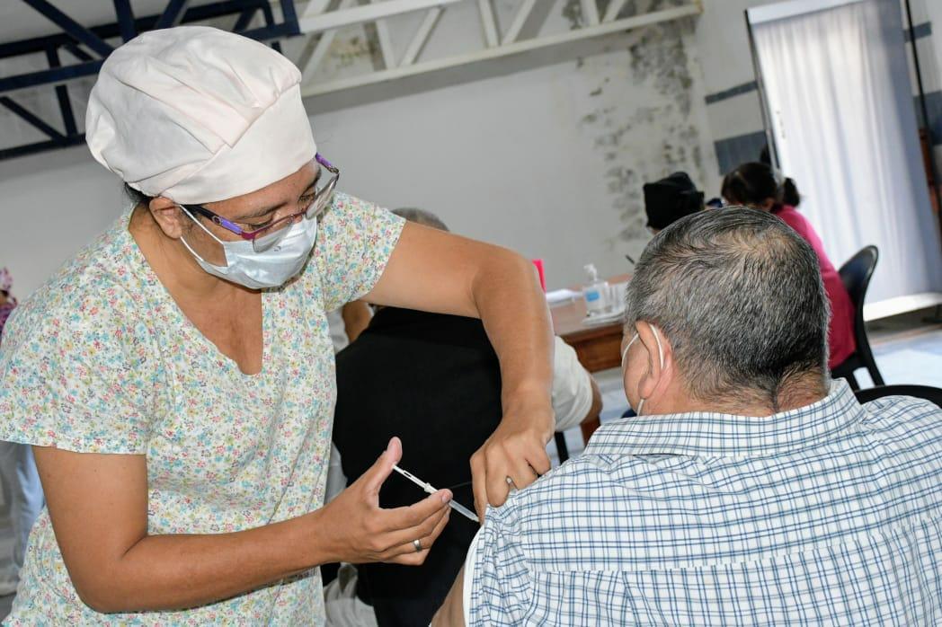 2000 turnos de vacunación para personas con síndrome de down, trasplantes y hemodializados