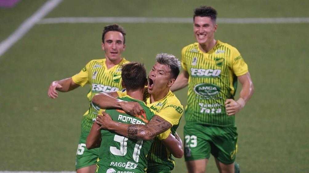 Defensa voló alto como 'Halcón' y ganó la Recopa Sudamericana